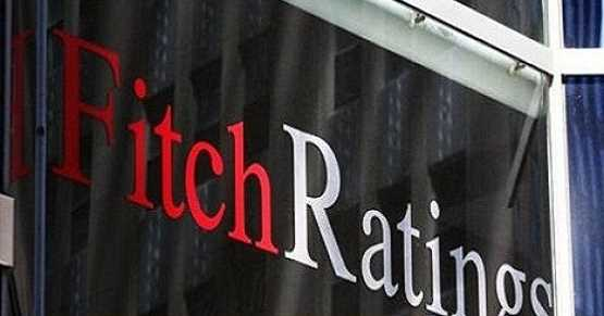 Fitch kredi not indirimi